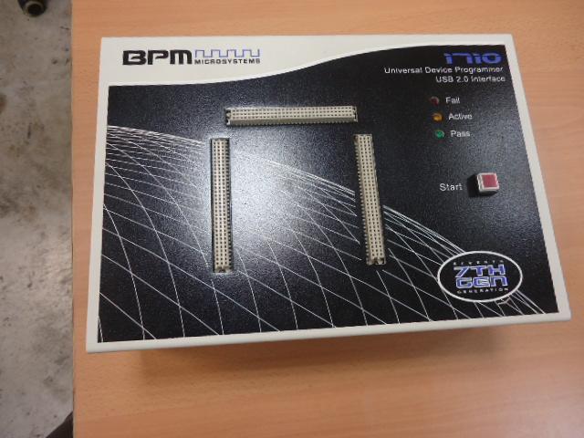 Programmatore universale di Memorie  BPM Microsystem 7TH-GEN
