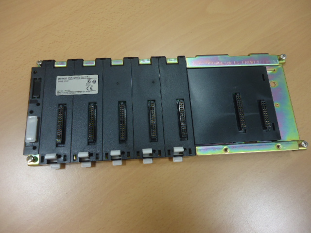 Base per PLC  OMRON               ( Used )