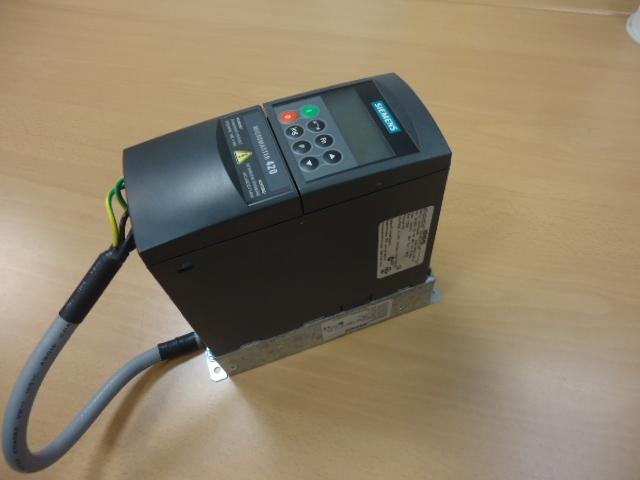Siemens 6SE6420-2UD21-5AA1 Micromaster 420