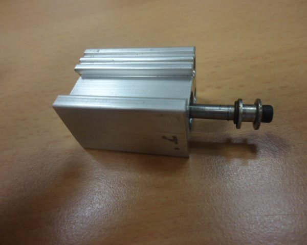 Cilindro mm.33 x 24 x 24 corsa mm10 JUCOMATIC ( Usato )