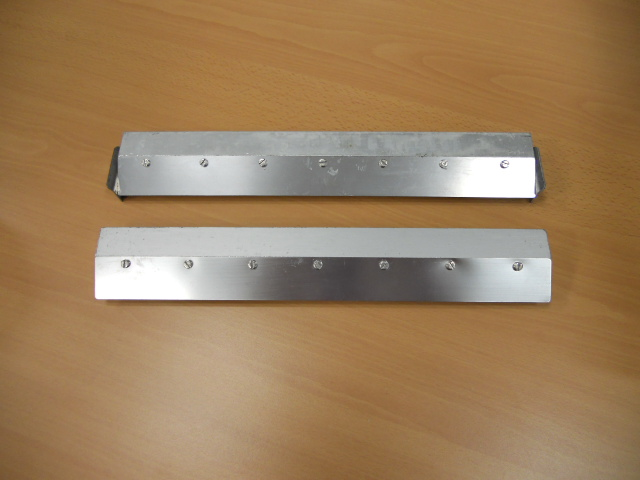 Pair of racle complete 35 cm with steel blades for silk-screen printing  machines cm 35 ( Used ) — Pack 1 of 1 Pieces ( Photo 1543 / 4-E Sc 1 )