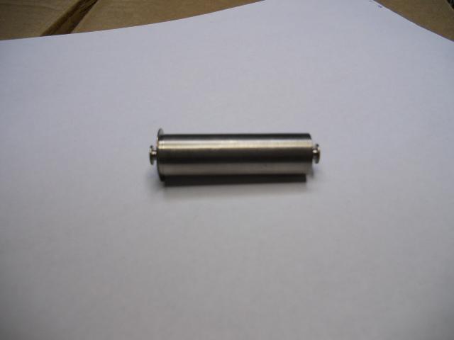 Belt bin plug in axis 24/32 mm.