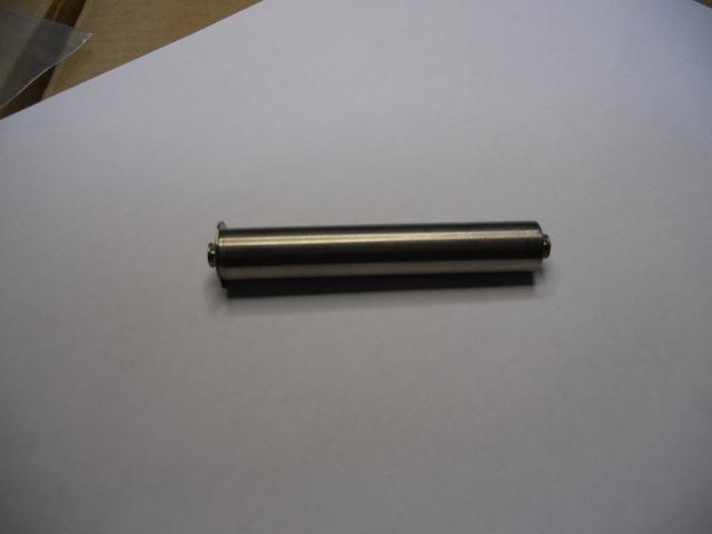 Belt bin plug in axis 56 mm.