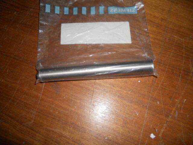 Belt bin plug in axis 88mm.