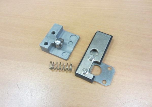 Friction block brocket Y-Axis S23